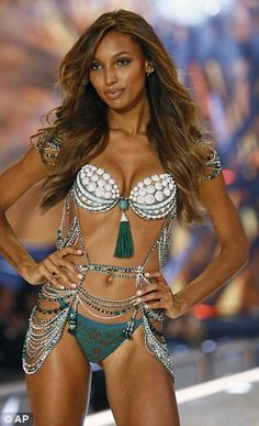 Jasmine Tookes' heartbroken paternal grandfather Luther Tookes says that his side of the family was cut out of the supermodel's life