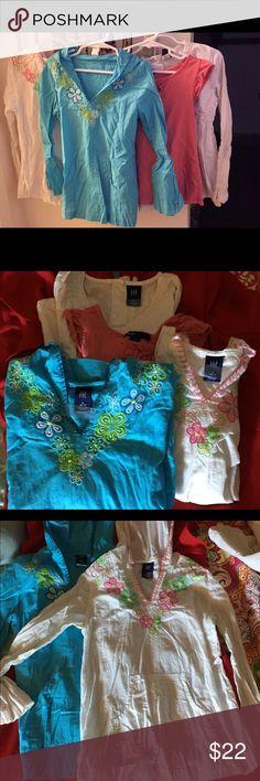 Four 6-7 GAP Kids 3 long & 1 short sleeve tops. Four 6-7 GAP Kids 3 long & 1 short sleeve tops. Two of the long sleeve shirts have hoods. GAP Shirts & Tops Tees - Long Sleeve