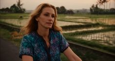 Liz (Julia Roberts) goes back where we started, bicycling to the Balinese medicine man who accurately predicted her life changes. Eat Pray Love, Julia Roberts, Bicycling, Balinese, Pictures, Medicine, Women, Life, Fashion