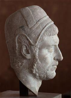 Flamen (Roman priest) - profile, head of Roman sculpture (marble), 3rd century AD, (Musée du Louvre, Paris).