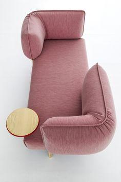 (love me) Tender sofa system by Patricia Urquiola for Moroso | urdesign magazine