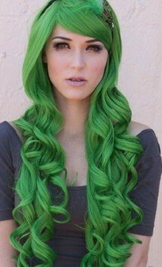 Very Long Curly Dark Green Hair. This makes me miss my green hair. Funky Hairstyles, Weave Hairstyles, Pretty Hairstyles, Dark Green Hair, Color Fantasia, Wild Hair, Mermaid Hair, Crazy Hair, Rainbow Hair