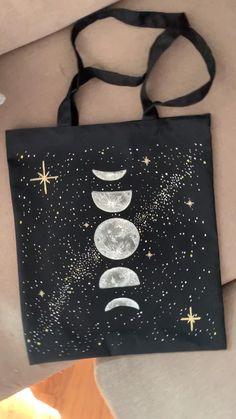 Diy Fashion, Ideias Fashion, Diy Tote Bag, Custom Tote Bags, Painted Clothes, Black Tote Bag, Moon Phases, Cloth Bags, Fabric Painting