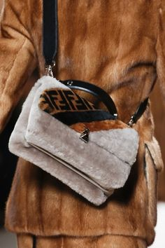 The complete Fendi Fall 2018 Ready-to-Wear fashion show now on Vogue Runway 1d2091840d
