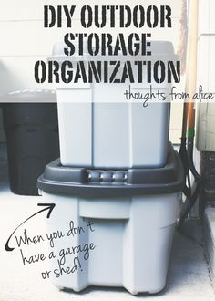 DIY Outdoor Storage Organization Without a Garage or Shed! You have to see this 'before' and 'after'! #PMedia #FallFixUp #ad #sponsoredpost @rubbermaid