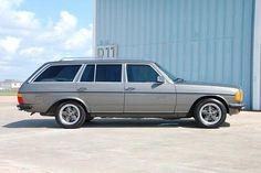 Mercedes TE wagon with correct AMG era wheels