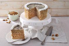 Eszterházy-torta Krispie Treats, Rice Krispies, Vanilla Cake, Tiramisu, Panna Cotta, Ethnic Recipes, Food, Dulce De Leche, Essen