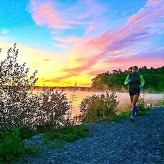 Dreaming - #Photo : @crystalseaver - run dreaming. all night long. - Welcome to #RunnerLand - Lets follow us & tag #RunnerLand in your photos for featured  -