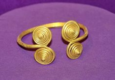 Visit the post for more. Ethnic Jewelry, Boho Jewelry, Vikings, Early Middle Ages, Historical Artifacts, Connect The Dots, Iron Age, Ancient Jewelry, Antique Art
