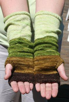 ScarletFever's Colorblock Handwarmers