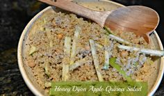 Celebrate the bounty of fall fresh apples with these quinoa salad that makes a great side with any meal. Side Recipes, Vegan Recipes Easy, Apple Recipes, My Recipes, Cooking Recipes, Cooking Ideas, Vegan Vegetarian, Vegetarian Recipes, Vegan Food