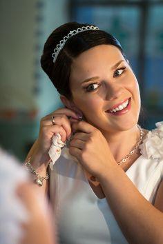 Pian hääkellot soivat Wedding Photography, Crown, Jewelry, Fashion, Moda, Corona, Jewlery, Jewerly, Fashion Styles