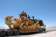 Caterpillar Bulldozer D11 by nànreH, hrfj, via Flickr