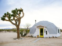 Geodesic home in the desert