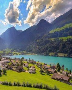 Living In Lungern, Switzerland (80 pieces)