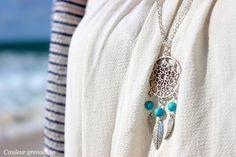 Sautoir bohème attrape rêve perles turquoise et plumes