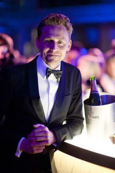 e86da2af Tom Hiddleston Loki Laufeyson, Toms, Thomas William Hiddleston, Tom  Hiddleston Loki, My
