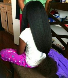 Black Hair Care Products For Natural Hair Growth Pelo Natural, Long Natural Hair, Natural Hair Growth, Natural Girls, Black Little Girls, Curly Hair Styles, Natural Hair Styles, Beautiful Black Hair, Black Power