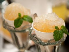 Get the recipe for a sophisticated Arnold Palmer snowcone cocktail called Frosty the Palmer from Cooking Channel's Alie and Georgia. Cocktail Recipes, Cocktails, Cooking Channel Recipes, Mint Simple Syrup, Mixed Drinks Alcohol, Homemade Liquor, Snow Cones, Other Recipes, Yummy Drinks