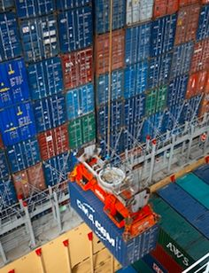 Imbarco in stiva Rotterdam Port, Zombie Vehicle, Freight Transport, Maersk Line, Marine Engineering, Hydrogen Fuel, Freight Forwarder, Cargo Container, Supply Chain