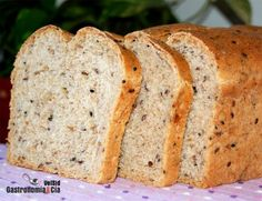 Pan de molde integral con semillas Mexican Bread, Biscuit Bread, Vegan Bread, Sin Gluten, Food Design, Banana Bread, Bakery, Food And Drink, Tasty