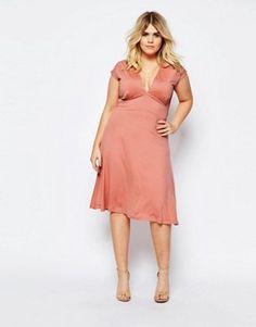 Bekleidung in Übergröße | Mode in Übergrößen für Damen | ASOS