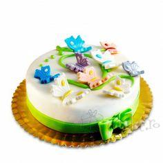 Fluturasi delicati din martipan pe un tort cu compozitie de ciocolata Birthday Cake, Desserts, Food, Tailgate Desserts, Birthday Cakes, Postres, Deserts, Essen, Dessert