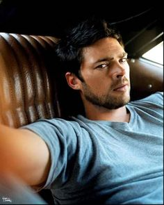 Karl Urban: I swear it's that look, THAT one right there! I always have a hard time knowing him in movie, his make up and wardrobe are always great. Hercules: The Legendary Journeys, Lord of the Ring, Doom, Pathfinder, Star Trek, The Chronicles of Riddick and The Bourne Supremacy.