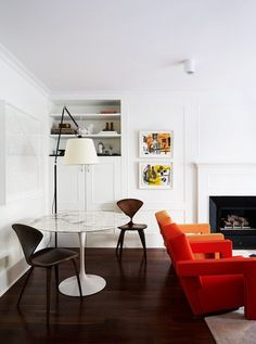 Knoll Saarinen table. Cherner side chairs. Cassina Utrecht chairs. Artemide Tolomeo mega. New York Apartment | Arent & Pyke