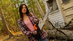 SAWED OFF (2021) Preview of Evil Dead meets Groundhog Day-style horror - MOVIES and MANIA