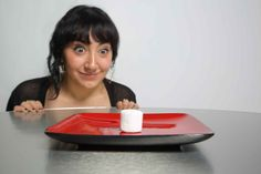 6 Experiments Shed Light On Your Eating Habits [4 Pics] http://www.i-am-bored.com/bored_link.cfm?link_id=97541