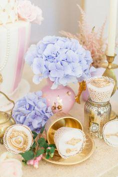 A+whimsical+Alice+in+Wonderland+wedding+shoot