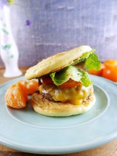 Cloud Bread Cheeseburgers are a low carb way to enjoy your favorite comfort food. High protein ingredients make this Cloud Bread Cheeseburger guilt free. Wrap Recipes, Low Carb Recipes, Beef Recipes, Cooking Recipes, Clean Recipes, Vegetarian Recipes, Healthy Recipes, Easy Cloud Bread Recipe, Pancakes