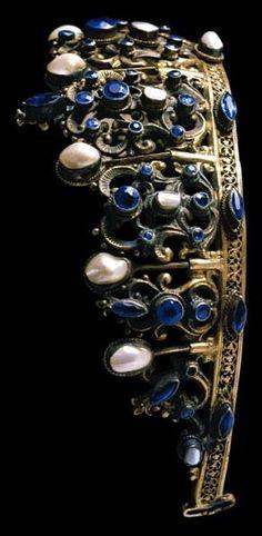 Portuguese Sapphire and pearl tiara.