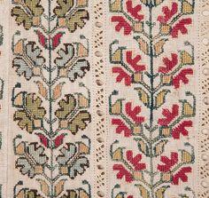 Greek embroidery 79 x 48 cm / 31.1'' x 18.8''