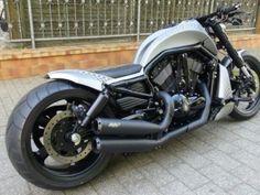 Harley Davidson Night Rod RoadKill by Bad Boy Customs