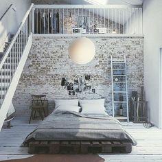 Gorgeous pallet bed via interiormilk-interior, design