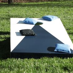 Cornhole is a classic backyard game popular at tailgates and summer parties. Build a custom set of cornhole boards for your family with our how-to instructions. diy How to Build Cornhole Boards Diy Yard Games, Backyard Games, Diy Games, Outdoor Yard Games, Diy Wedding Yard Games, Outdoor Drinking Games, Lawn Games, Cornhole Board Plans, Make Cornhole Boards