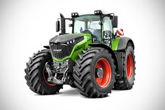 AGCO Fendt 1000 Vario and Valtra T234 Tractors - Red Dot Design Award