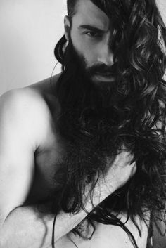 Sasha Marini by Livia Alcalde. Where does the man end and the beard begin? Long Hair Beard, Long Curly Hair, Hair And Beard Styles, Curly Hair Styles, Barba Sexy, Sexy Bart, Beard Love, Moustaches, Beard Tattoo