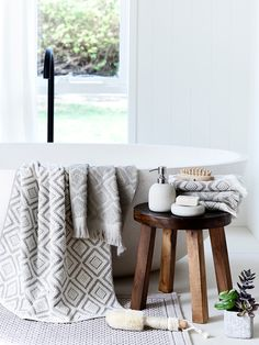 Winter bathroom inspiration #bedbathntable
