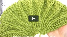 In this DROPS video we show how to knit chart for the Raquel shoulder piece in DROPS This shoulder piece is made in DROPS Eskimo, in the video we… Baby Booties Knitting Pattern, Baby Sweater Patterns, Knit Headband Pattern, Knitted Headband, Baby Knitting, Knitted Hats, Knitting Videos, Knitting Stitches, Knitting Designs