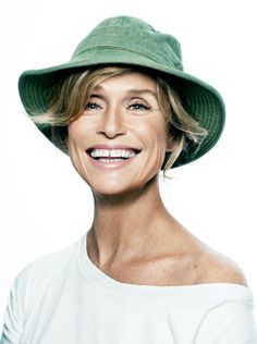 lauren hutton. how i want to be when i grow up.