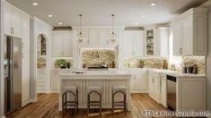 Stylish Kitchen, Kitchen Cabinet Design, 10x10 Kitchen, Kitchen Set Cabinet, Classic Kitchen Cabinets, Elegant Kitchens, Kitchen Cabinets For Sale, Kitchen Cabinet Remodel, Rta Kitchen Cabinets