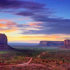 Sandstorm In Monument Valley Utah HD Wide Wallpaper for Widescreen Wallpapers) – HD Wallpapers National Park Tours, National Parks, Monument Valley Utah, Desert Road, Desert Life, Colorado Plateau, Foto Blog, Navajo Nation, Great Western