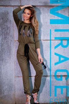 Keki, elől feliratos, derekán megkötős, különleges hátú overál. 14.490 Ft Jumpsuit, Lily, Dresses, Fashion, Overalls, Vestidos, Moda, Fashion Styles, Jumpsuits