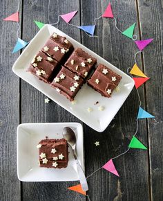 Saftig sjokoladekake med sjokoladesmørkrem