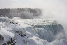 Winter 2015, Niagara Falls USA #frozenfalls #Stillflowing