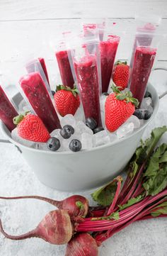 Berry and Beet Ice Pops - No Added Sugar! | The Produce Moms Ice Pop Recipes, Beet Recipes, Heart Healthy Recipes, Strawberry Puree, Strawberry Recipes, Nutritious Snacks, Healthy Snacks, Canned Juice, Fresh Beets