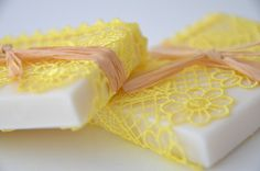 wedding favor aromatic jasmine soap ,handmade 50 pieces aromatic naturel wedding favor soap wrapped with yellow lace and organic wooden trim